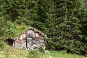 'Seter', mountain hut for summer grazing, on the way to Steget