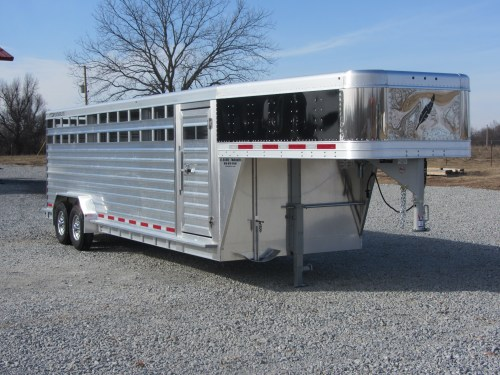 small resolution of padded ranp padded walls removable divider bridle hooks hopkins 7 way wiring diagram featherlite horse trailer wiring diagram better built trailer