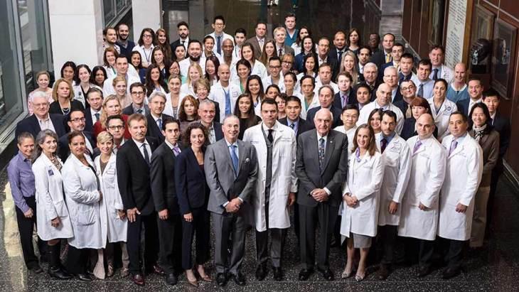 dr-eduardo-rodriguez-and-face-transplant-team