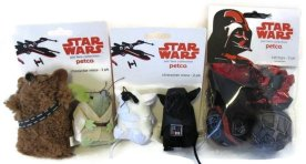 @4TheLoveOfFam #StarWars Gift Guide!