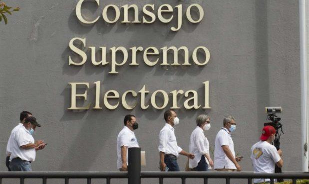 Ortega no quiere pagar costo de inhibir al candidato opositor y quiere forzar a los partidos a hacerlo