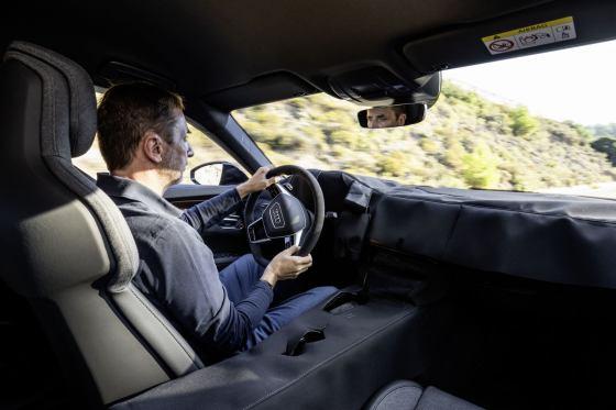 Οδηγούμε το Audi RS e-tron GT