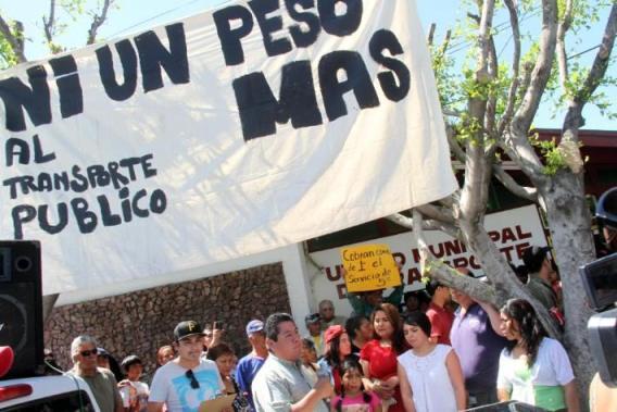 PROTESTA NI UN PESO MAS