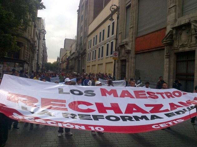 MARCHA MAESTROS CNTE DF