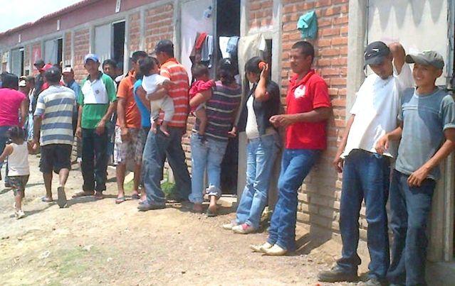 JORNALEROS CASAS HACINADOS