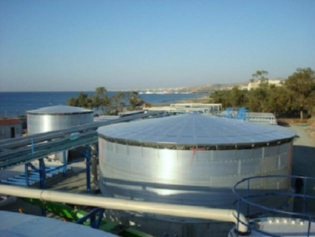 El consorcio israeli RWL Water posee una planta desalinizadora de agua de mar en Chipré. Aquí una vista de la industrializadora (Foto: portal de RWL Water LLC).