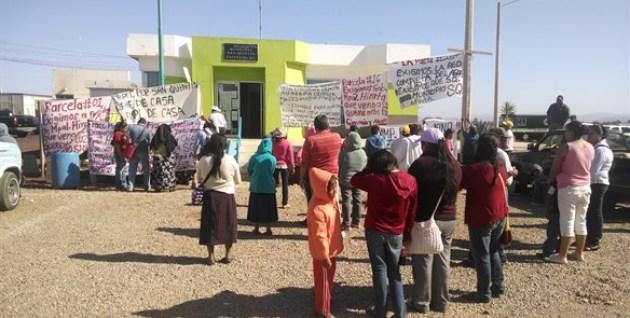 Los residentes del valle han realizado plantones de protesta en las delegaciones municipales por la falta de agua potable en sus hogares