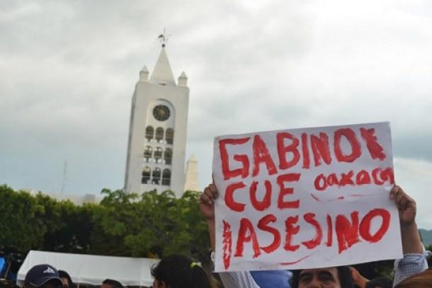 GABINO CUE ASESINO NOTA