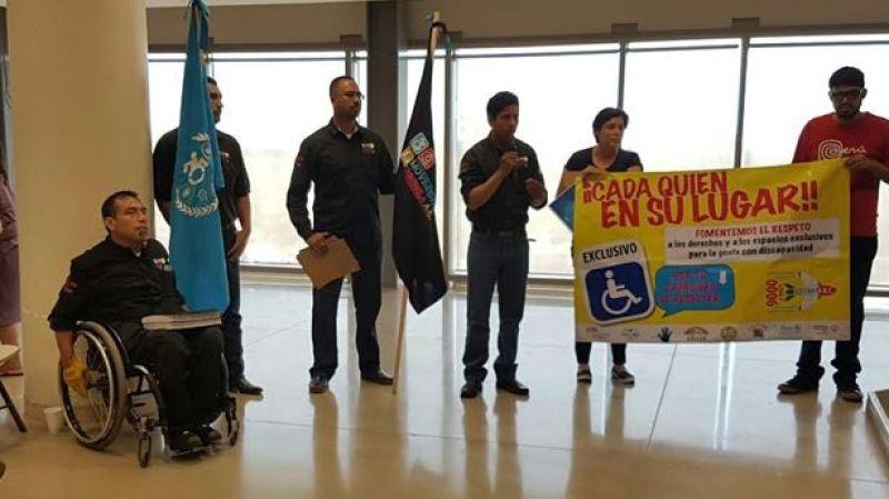 discapacitados-protesta-ayuntamiento-eda