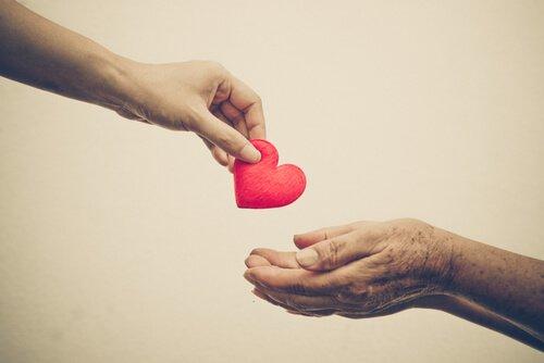 dar-corazon-ayudar1