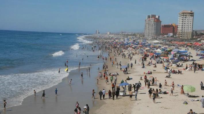 Sancionar a quien prohibe el libre acceso de la gente a las playas, demanda Claudia Agatón