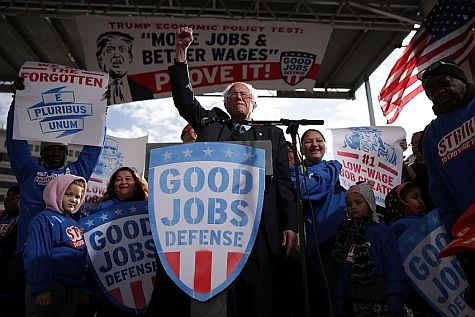 """Bernie Sanders Not Allowing Himself to Be Distracted by """"Constitutional Crisis"""""""