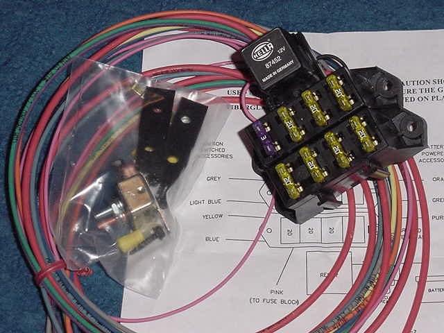 Painless Wiring 70207 Aux Fuse Block Circuit