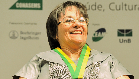 Maria da Penha, victime de graves violences, a donné son nom à la loi de 2006.