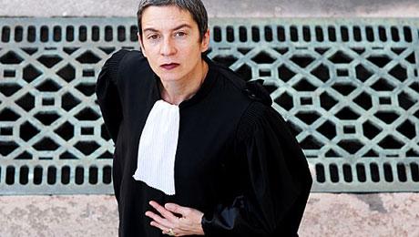 Caroline Mecary, avocate au barreau de Paris, ancien membre dru conseil de l'ordre des avocats du barreau de Paris, coprésidente de la fondation Copernic et conseillère régionale Europe Ecologie-Les Verts. © Diane Rondot