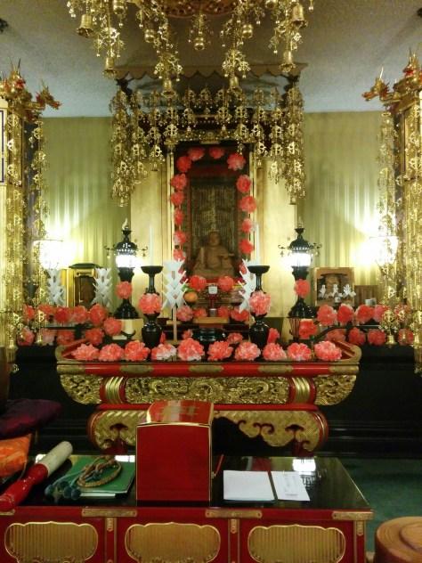 Oeshiki service marking the death of Nichiren