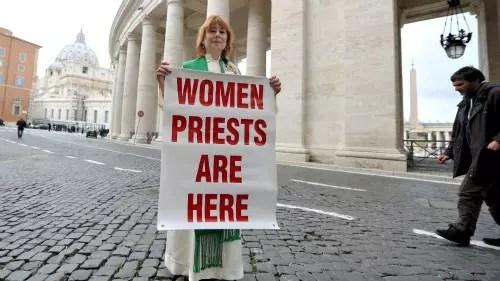 Janice Sevre-Duszynska defende a ordenação de mulheres