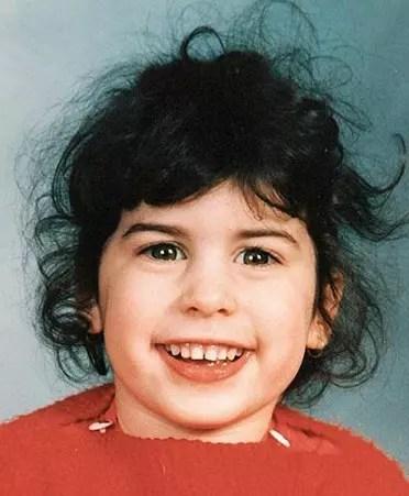 Amy Winehouse aos 7 anos. A cantora foi encontrada morta aos 27, em 2011