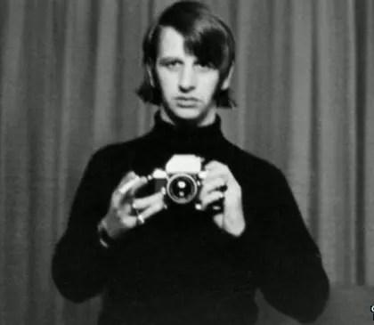 """Ex-Beatle chama companheiros de """"meus três irmãos"""""""