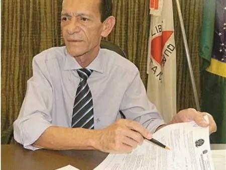 O prefeito Carlos Calixto: autoritário, sem transparência