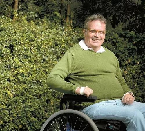 Pedro Janot, ex-presidente da Azul, sofreu uma queda de um cavalo