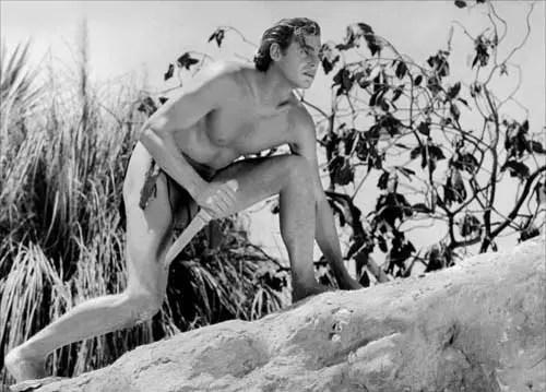 O atorJohnny Weissmuller, o mais famoso Tarzan