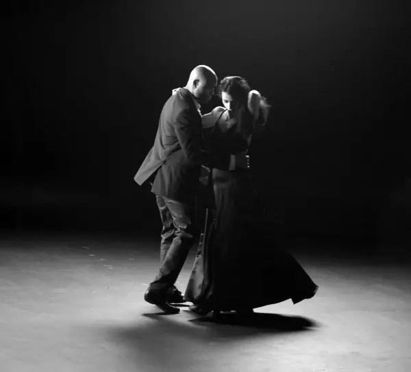 Os dois se entrosaram maravilhosamente nessa dança tão sensual