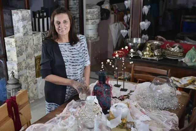 Odette Castro cria delicadezas, faz cenários de vida