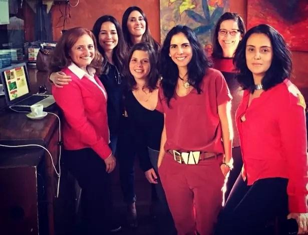 Da esq. para a dir., Rita, Mariane, Gisela, Amanda, Fernanda, Cynthia e Sandra