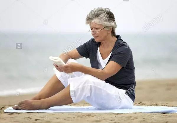 Não tenha preguiça de ler. A leitura é uma das atividades cerebrais mais completas, pois estimula todo o processo da memória