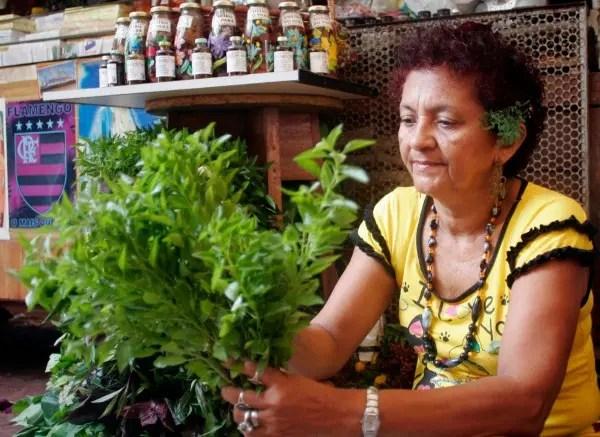 Beth Cheirosa ou Cheirosinha é uma das erveiras mais conhecidas de Belém