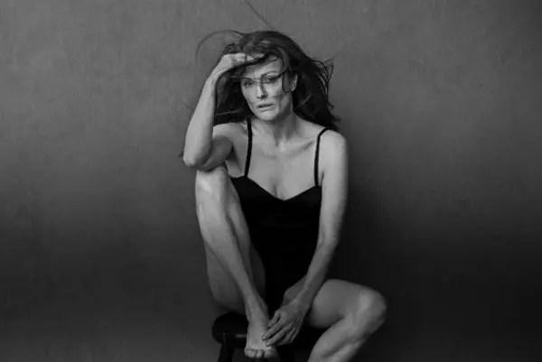 Julianne Moore, 55,  é uma das atrizes que figuram no famoso  calendário