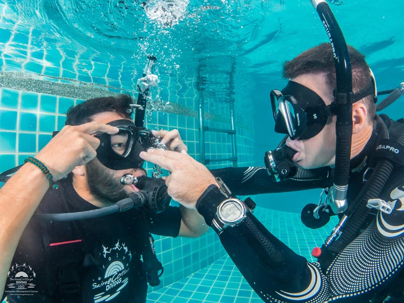 Swimming and Breathing without a Scuba mask