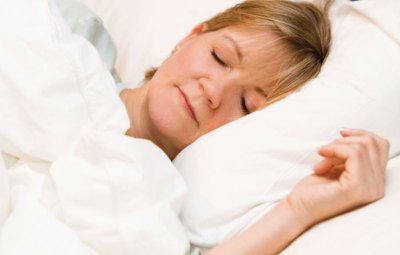 Dr Lynda Shaw explains the importance of sleep on our brain and to our pyschological health