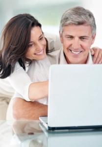 Senior-Couple-online