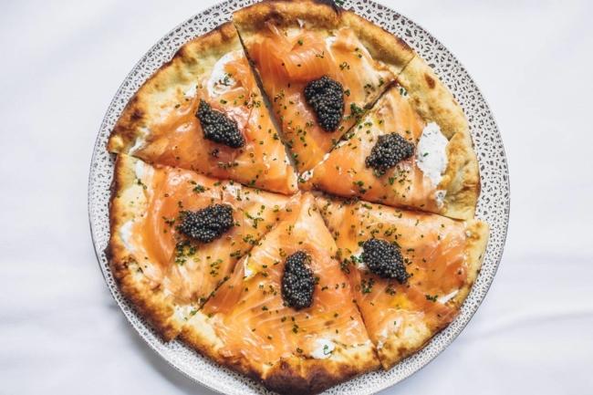 La pizza con salmone affumicato di Spago