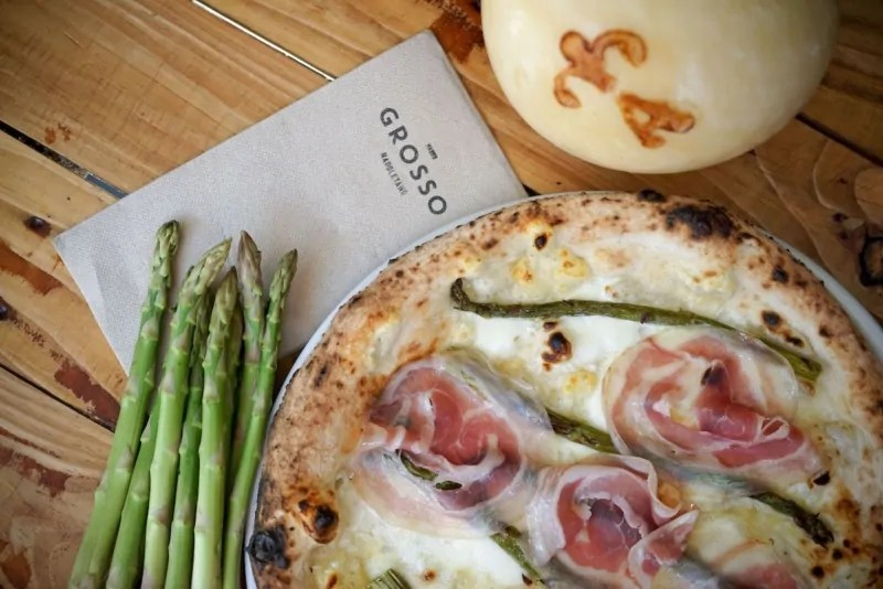 La pizza di Grosso Napoletano