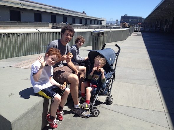 Food time, The 3-year olds guide to the Exploratorium #preschoolers #toddlers #sanfrancisco