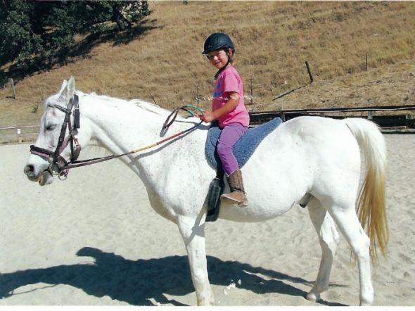 Chloe rides bareback at Sienna Ranch Camp