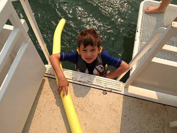 houseboat climbing