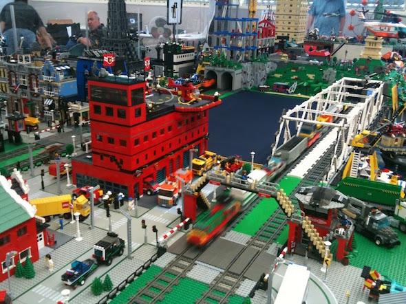 LEGO Brickshow in San Leandro