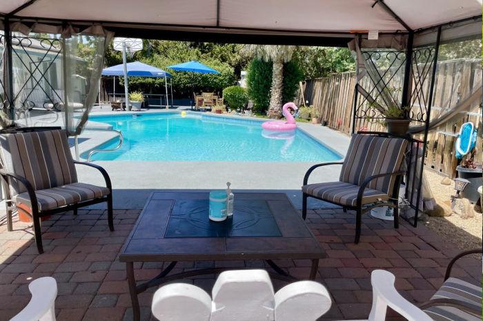 backyard swimming pool concord