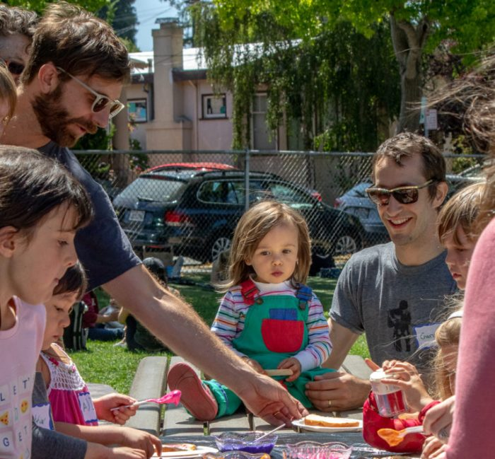 Shabbat in the Park dads and kids 2018