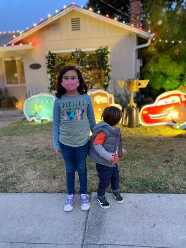 kids visit Candy Cane Lane in Pleasanton drive through christmas lights