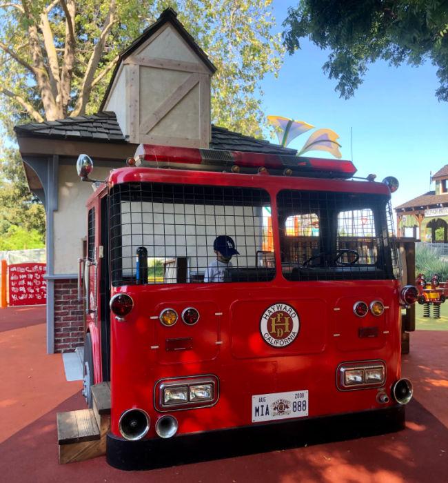 play firetruck