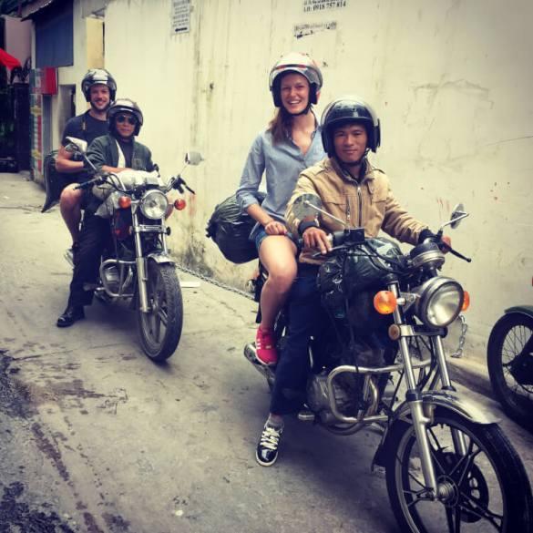 Motor door Vietnam