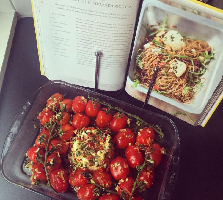 Jamie Oliver's Speltspaghetti Met Trostomaatjes & Gebakken Ricotta