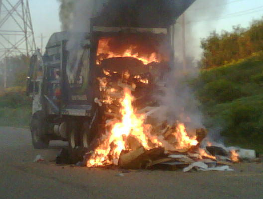 Garbage truck fire  570 NEWS