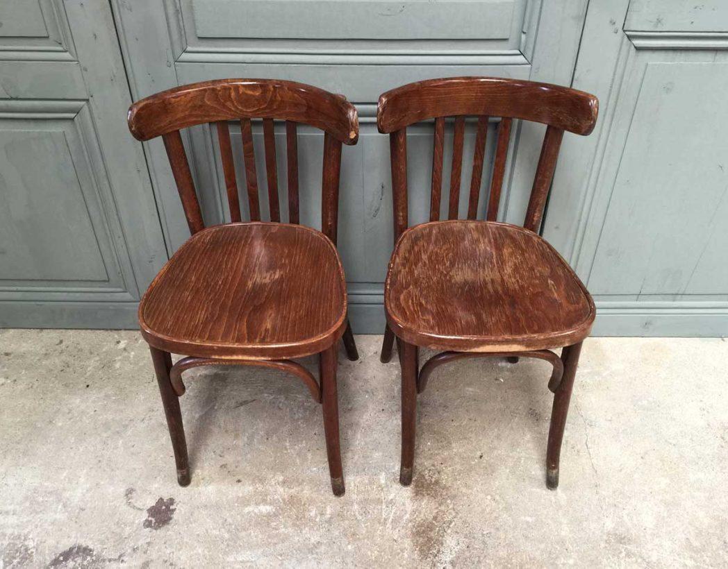ensemble de 16 chaises bistrot vintage
