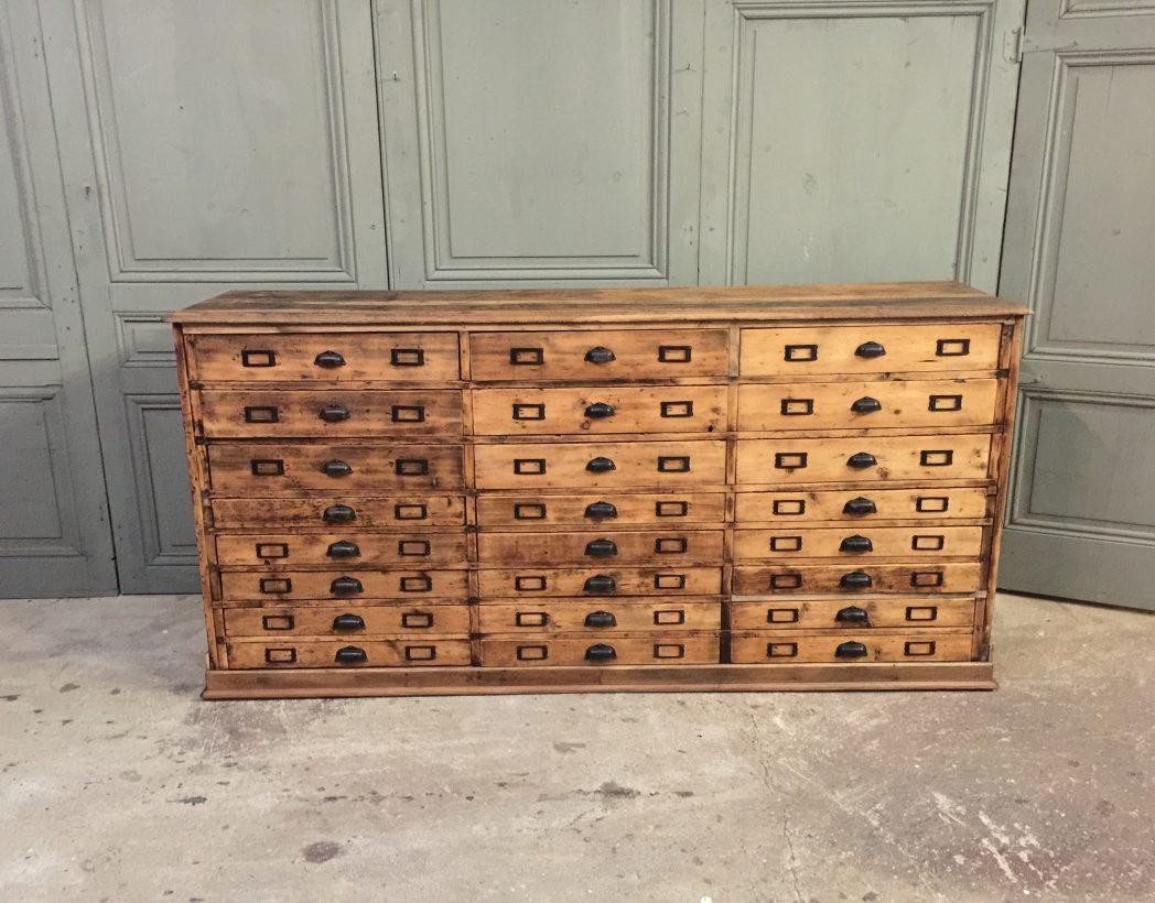 ancien meuble de metiers 24 tiroirs
